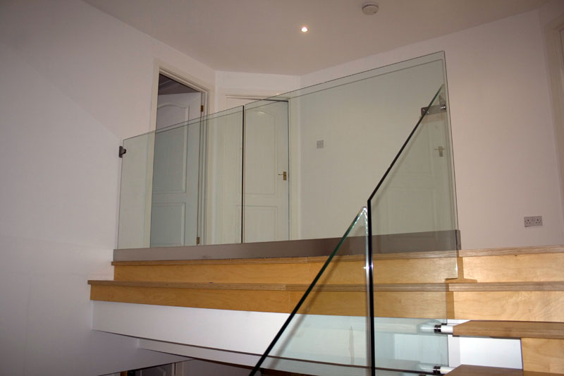 Balustrades Frameless Doors Ravensby Glass Dundee