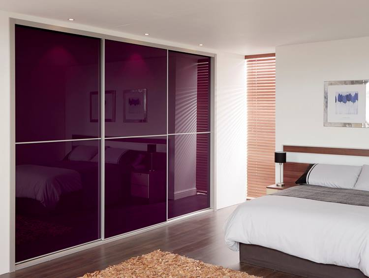 mirrored-sliding-wardrobe-doors